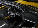 Alfa Romeo 4C Spider - Thumbnail 3
