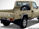 Toyota Land Cruiser 79 Land Cruiser 79 4.2D - Thumbnail 2