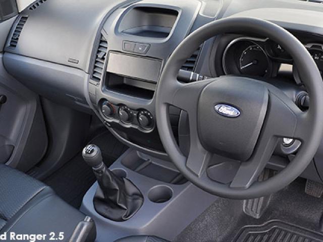 Ford Ranger 2.2 (aircon)