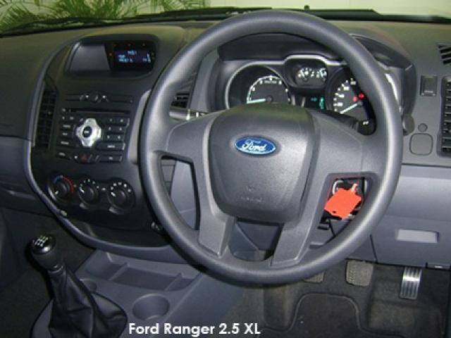 Ford Ranger 2.2 4x4 XL