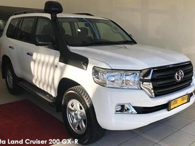 Toyota Land Cruiser 200 4.5D-4D V8 GX-R