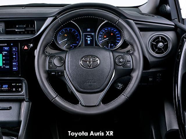 Toyota Auris 1.6 XS