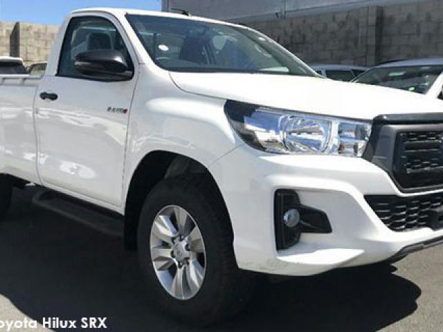 Toyota Hilux 2.4GD-6 4x4 SRX auto