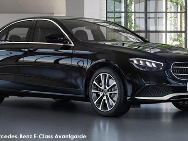 Mercedes-Benz E-Class E200 Avantgarde